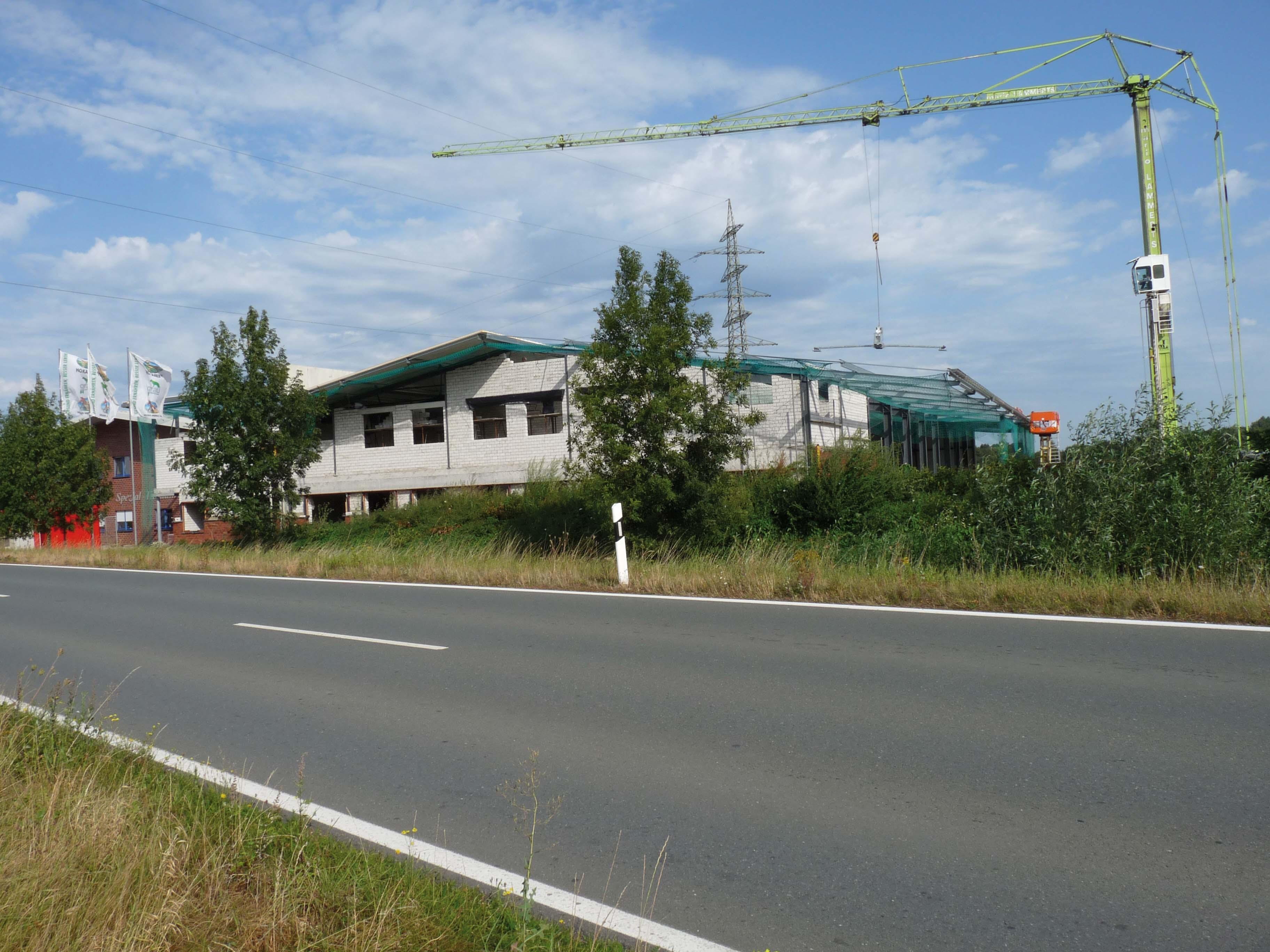 Firmengebäude grau