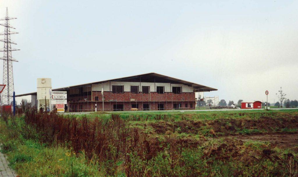 Neubau Firmenkomplex grau GmbH